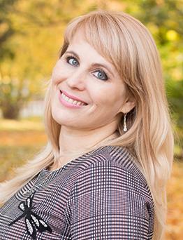 Фещенко Марина Николаевна – заместитель директора по общим вопросам